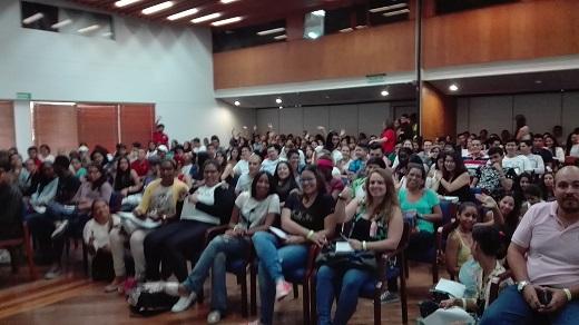 Neuronilla en Colombia en el VII Simposio de Diseño y Comunicación de Cali